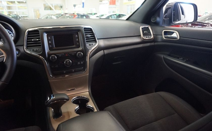 2015 Jeep Grand Cherokee Laredo 4WD #9