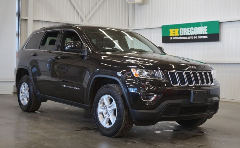 2015 Jeep Grand Cherokee Laredo 4WD #29