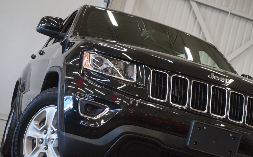 2015 Jeep Grand Cherokee Laredo 4WD #30