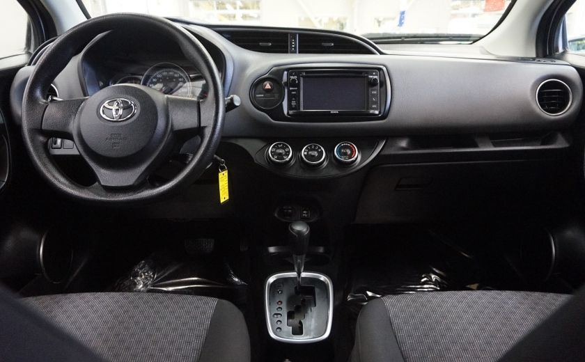 2015 Toyota Yaris LE #10