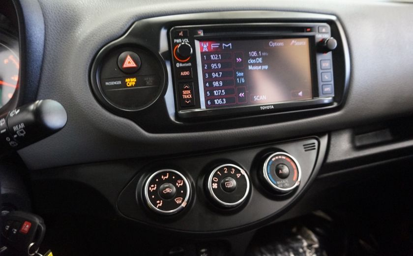 2015 Toyota Yaris LE #14