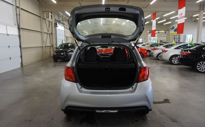 2015 Toyota Yaris LE #20