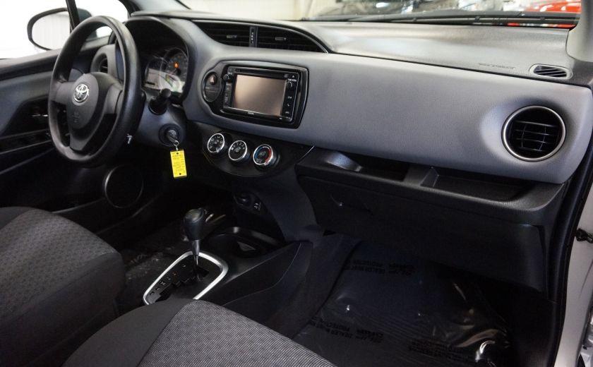 2015 Toyota Yaris LE #26