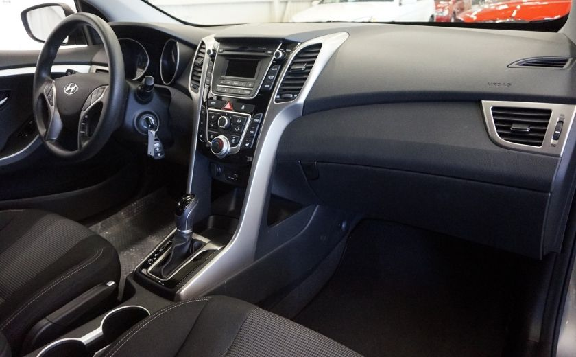 2016 Hyundai Elantra GT GL #26
