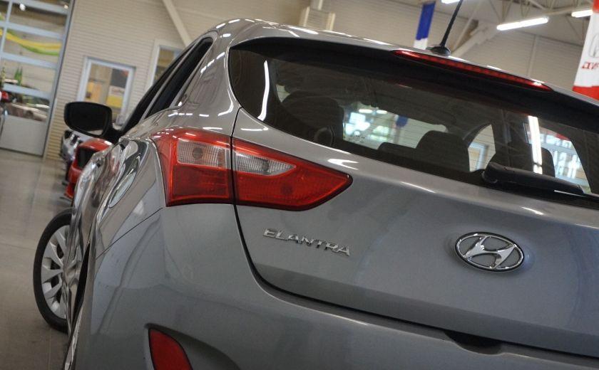 2016 Hyundai Elantra GT GL #30