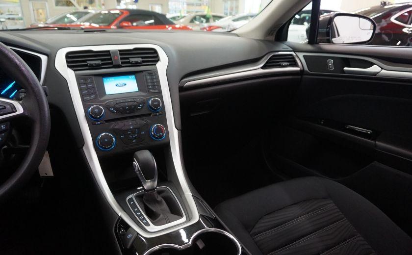 2016 Ford Fusion SE (caméra de recul) #9