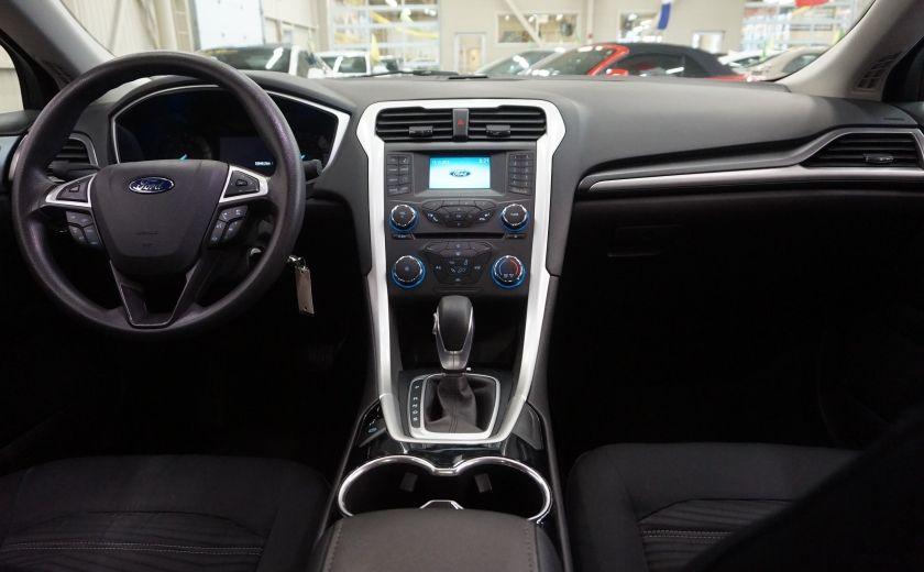 2016 Ford Fusion SE (caméra de recul) #10