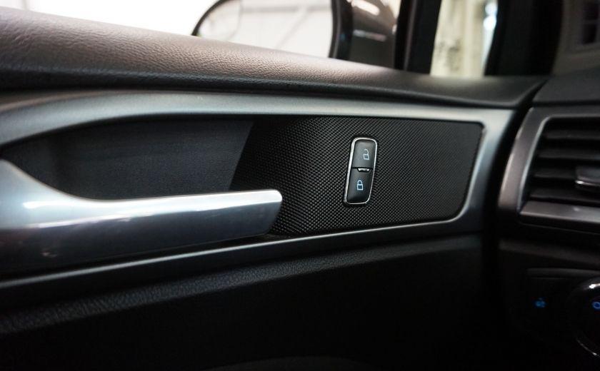 2016 Ford Fusion SE (caméra de recul) #17