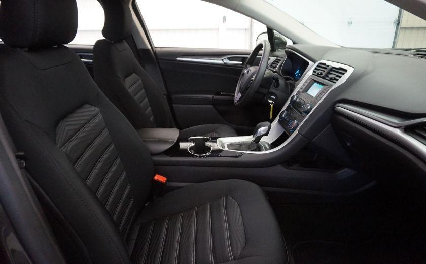 2016 Ford Fusion SE (caméra de recul) #27