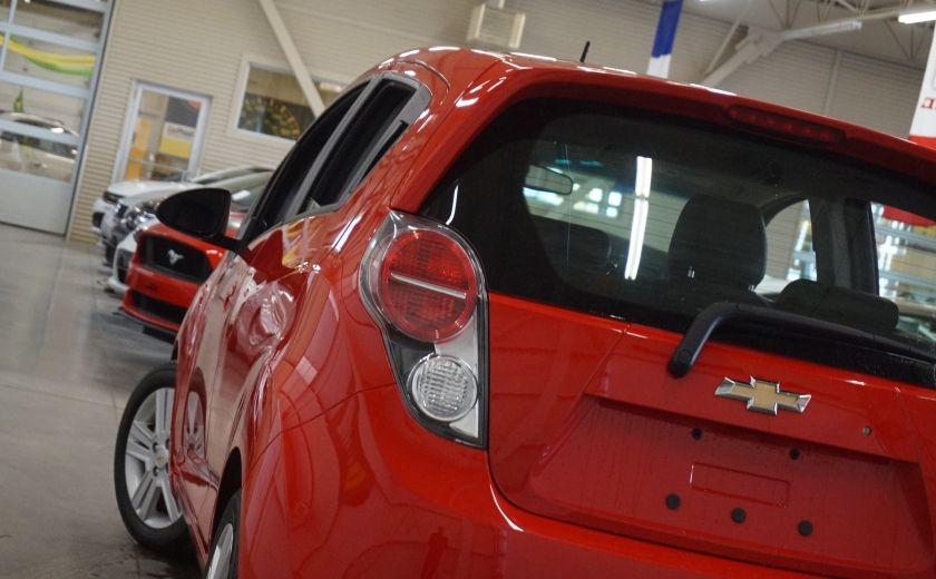 2015 Chevrolet Spark LT #30