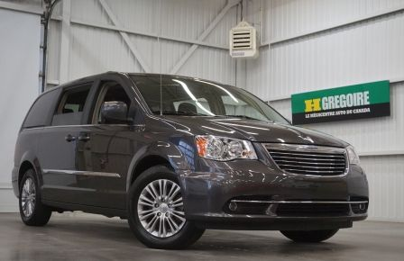 2016 Chrysler Town And Country Touring (cuir-caméra) à Victoriaville