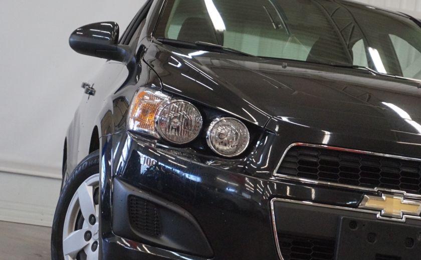 2015 Chevrolet Sonic LT #30
