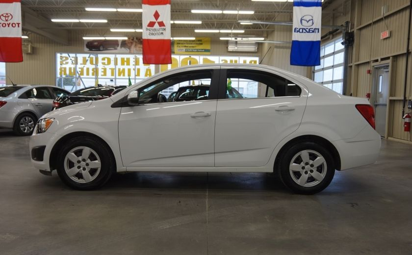 2015 Chevrolet Sonic LT (caméra de recul) #3