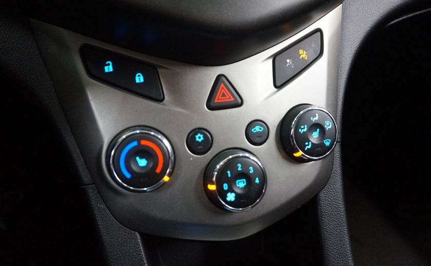 2015 Chevrolet Sonic LT (caméra de recul) #18