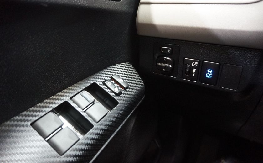 2013 Toyota Rav 4 LE AWD #18