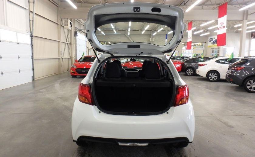 2015 Toyota Yaris LE #21