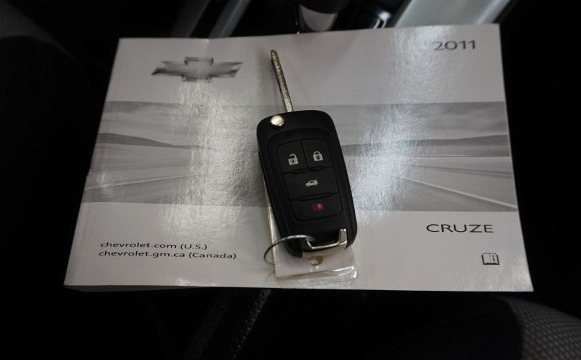 2011 Chevrolet Cruze LS #24