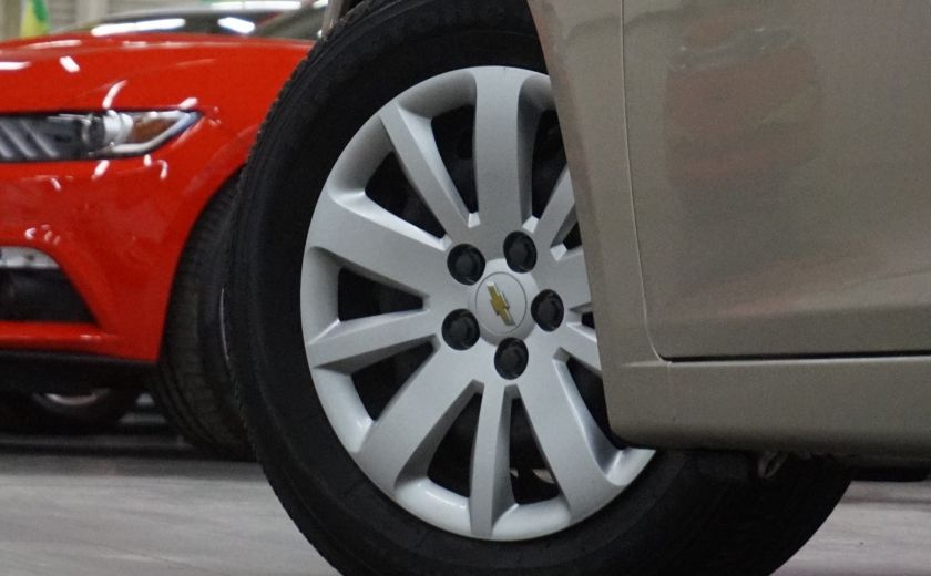 2011 Chevrolet Cruze LS #28