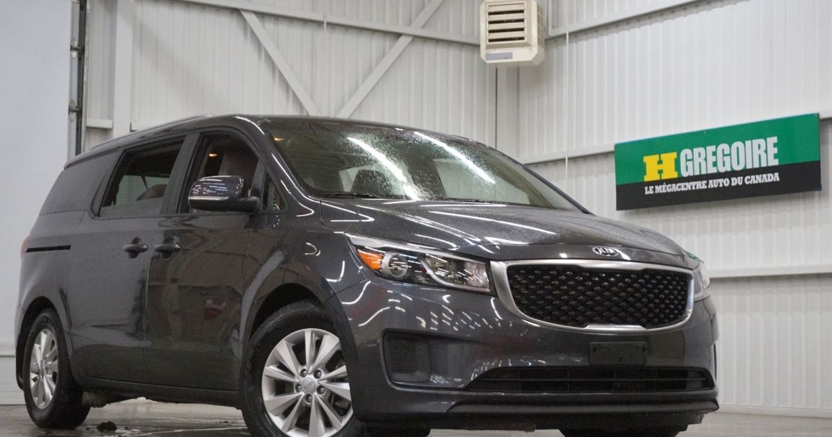 used 2016 kia sedona for sale at hgregoire in magog. Black Bedroom Furniture Sets. Home Design Ideas