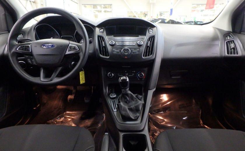 2015 Ford Focus SE (caméra de recul) #11