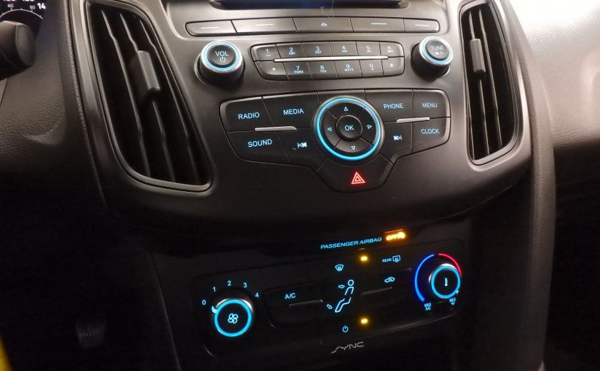 2015 Ford Focus SE (caméra de recul) #17