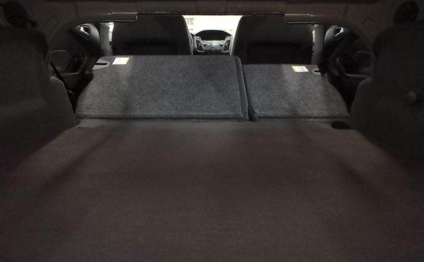 2015 Ford Focus SE (caméra de recul) #23