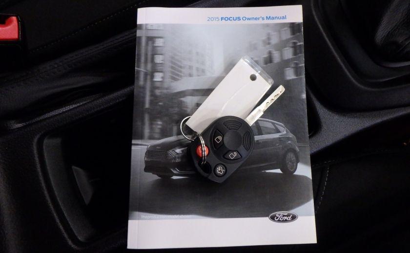 2015 Ford Focus SE (caméra de recul) #27