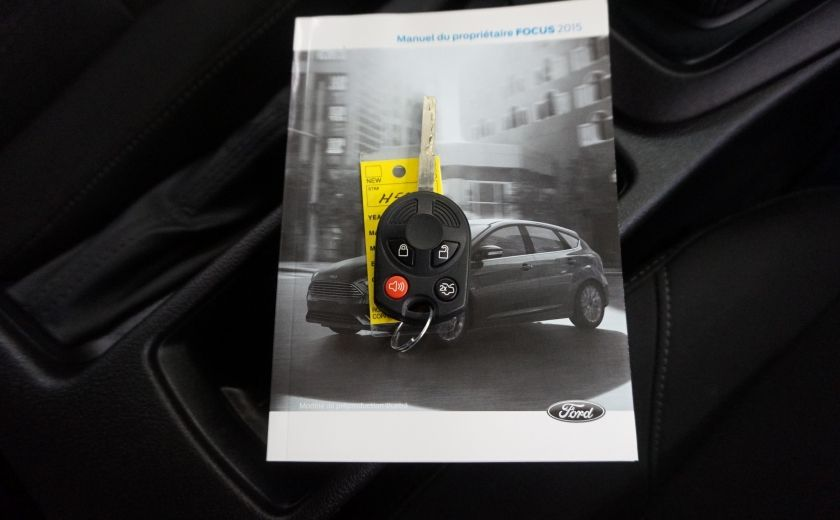 2015 Ford Focus S (caméra de recul) #27