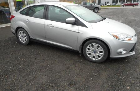 2012 Ford Focus SE  GARANTIE FÉVRIER 2017 in New Richmond