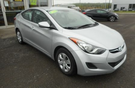 2013 Hyundai Elantra L à New Richmond