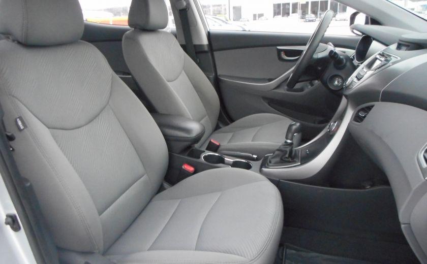 2013 Hyundai Elantra L #18