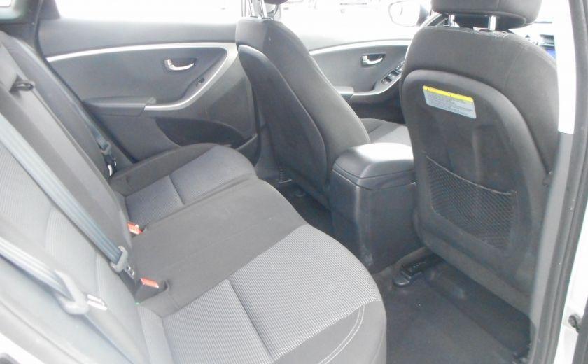 2013 Hyundai Elantra GL #16