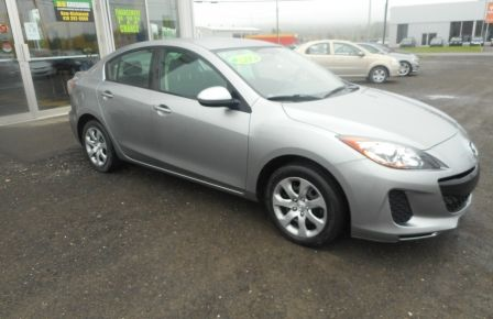 2013 Mazda 3 GX à New Richmond