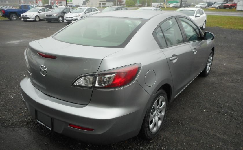 2013 Mazda 3 GX #6
