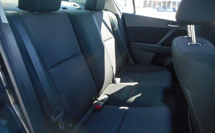 2013 Mazda 3 GX #17