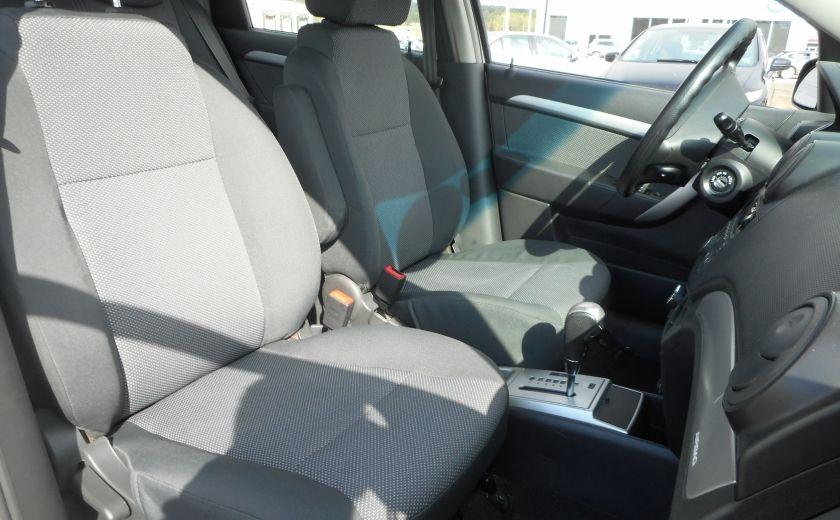 2011 Chevrolet Aveo LT #18