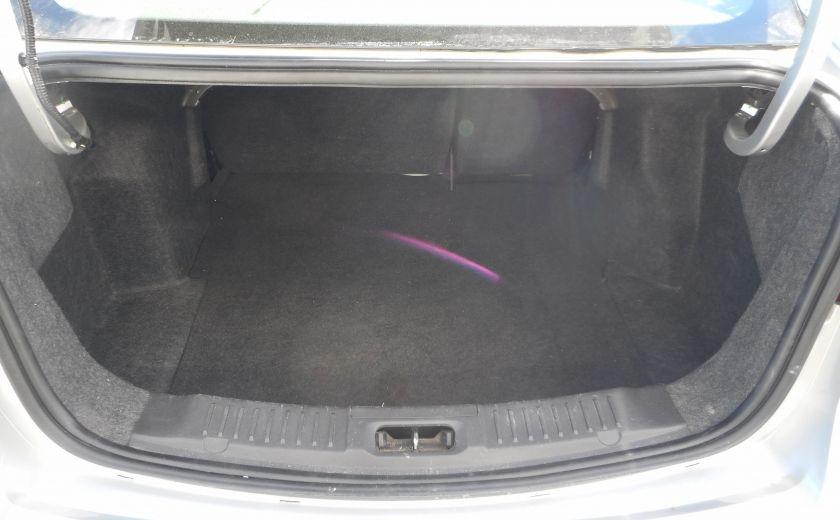 2012 Ford Fiesta SE #20