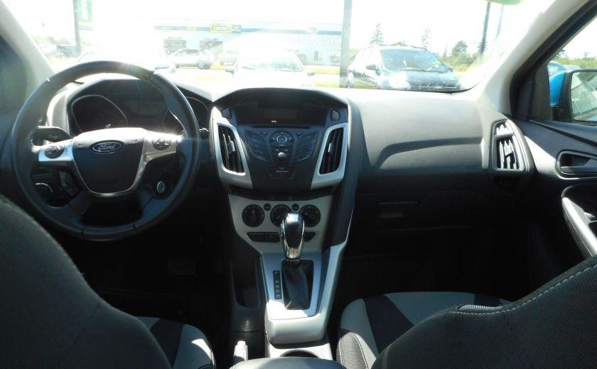 2012 Ford Focus SE #12