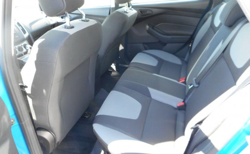 2012 Ford Focus SE #13
