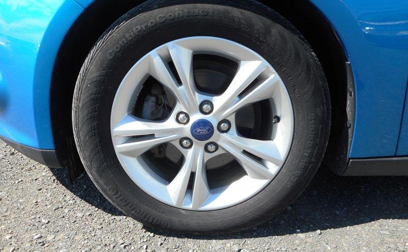 2012 Ford Focus SE #19