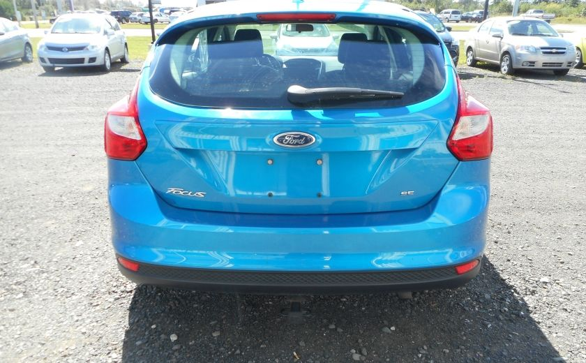 2012 Ford Focus SE #5