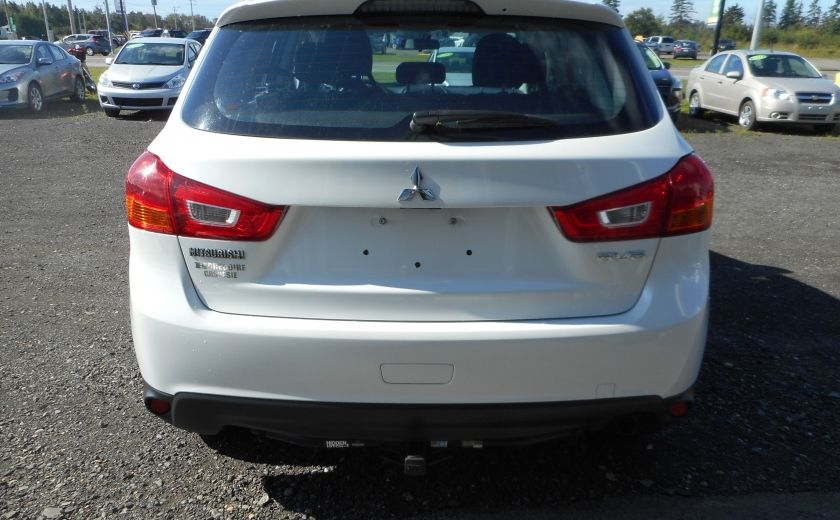 2013 Mitsubishi RVR ES #5