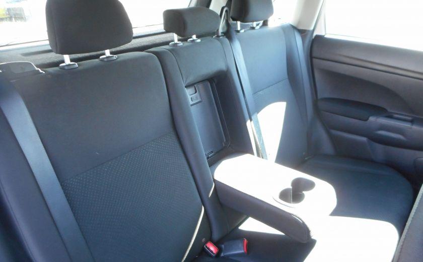2013 Mitsubishi RVR ES #15