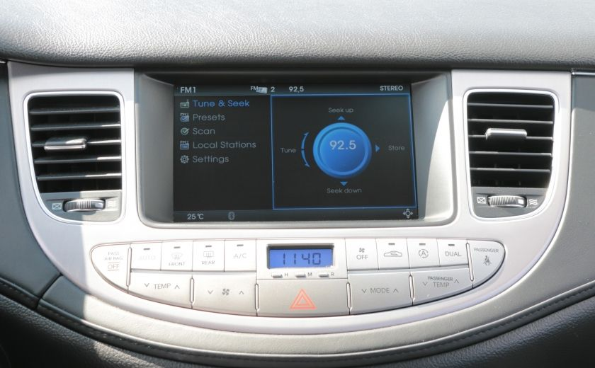 2012 Hyundai Genesis w/Technology Pkg A/C CUIR TOIT NAV CAMERA BLUETOOT #8