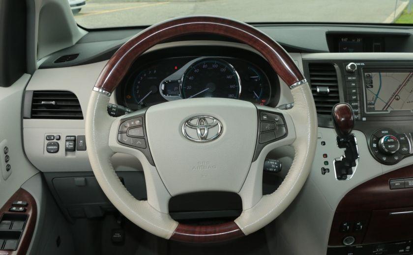 2011 Toyota Sienna  #15