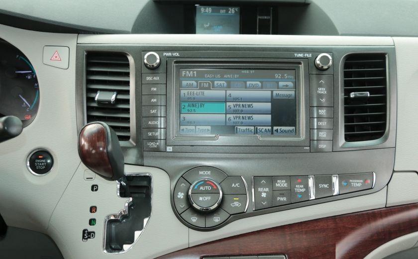 2011 Toyota Sienna  #16