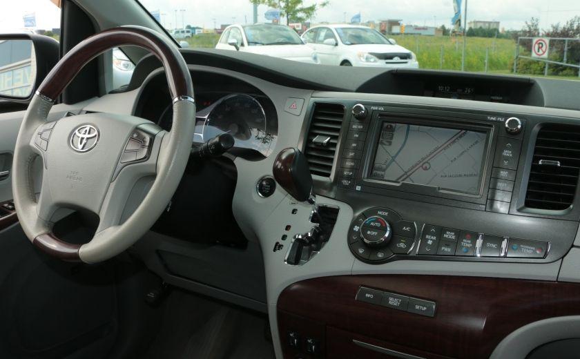 2011 Toyota Sienna  #32