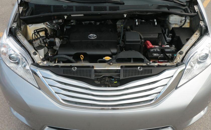 2011 Toyota Sienna  #33
