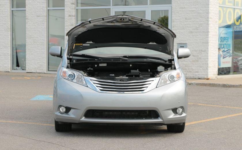 2011 Toyota Sienna  #34