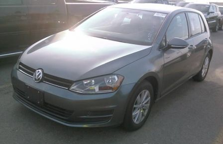 2015 Volkswagen Golf Trendline MAGS AUTO BLUETOOTH à Longueuil
